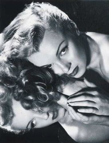 Norma Jeane est blonde, publicités pour les coiffures de chez Frank & Joseph