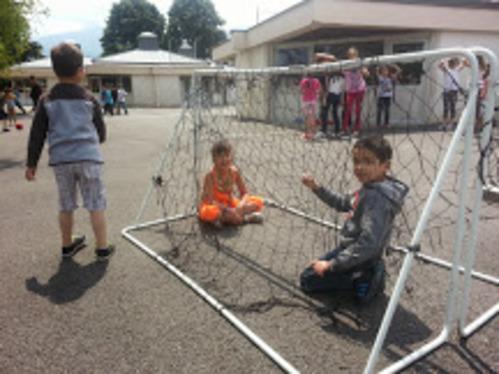 Enfants en prison (volontaire) !!!