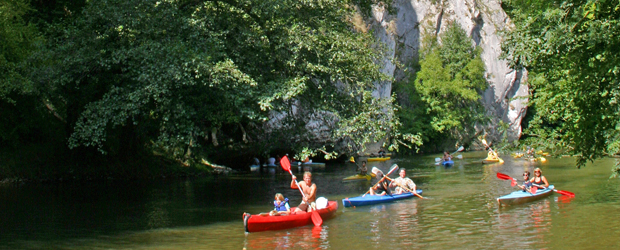 descente Lesse kayak rochers