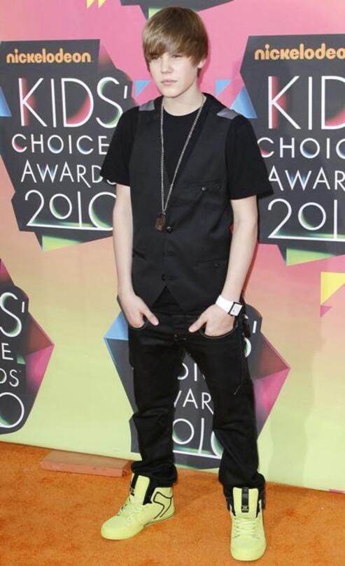 Justin Bieber Carpet Evolution : 2009-2015