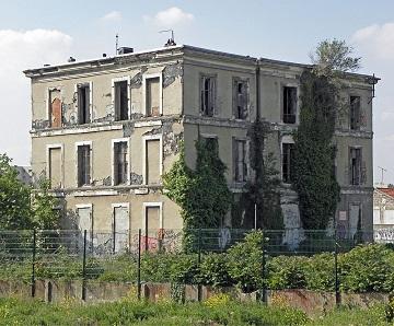La première maison en béton ... mais que fait Stéphane Bern ?