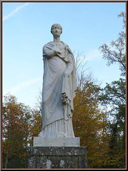 statue-ds-le-parc.jpg