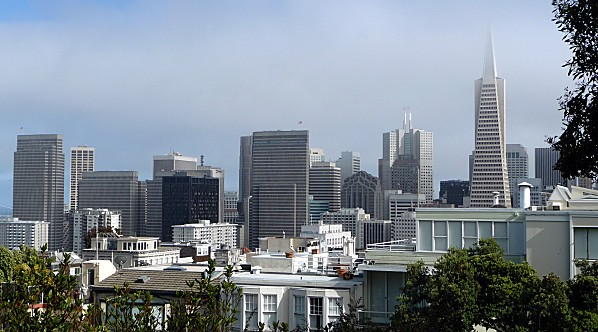 San-Francisco-vue-sur-quartier-financier.jpg
