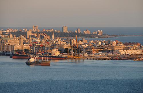 Blog de lisezmoi : Hello! Bienvenue sur mon blog!, L'uruguay : Montévidéo