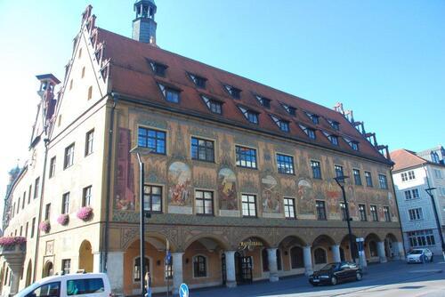 Le  Rathauss