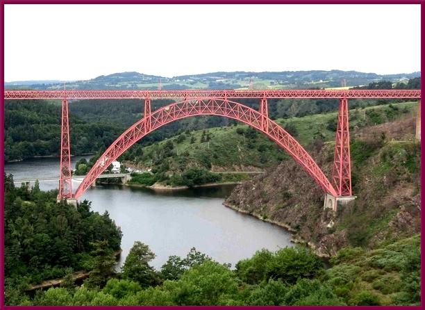 Le viaduc de Garabit  fut réalisé par Gustave Eiffel, un autre génial industriel bourguignon....