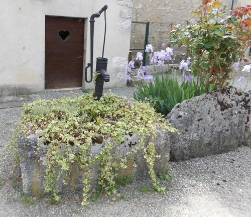 Petit patrimoine à Chavillieu
