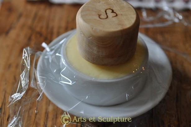 Petit truc pour éviter que le tampon en buis colle sur le beurre - Arts et Sculpture: sculptrice sur bois, sculpture à façon, objets design personnalisés