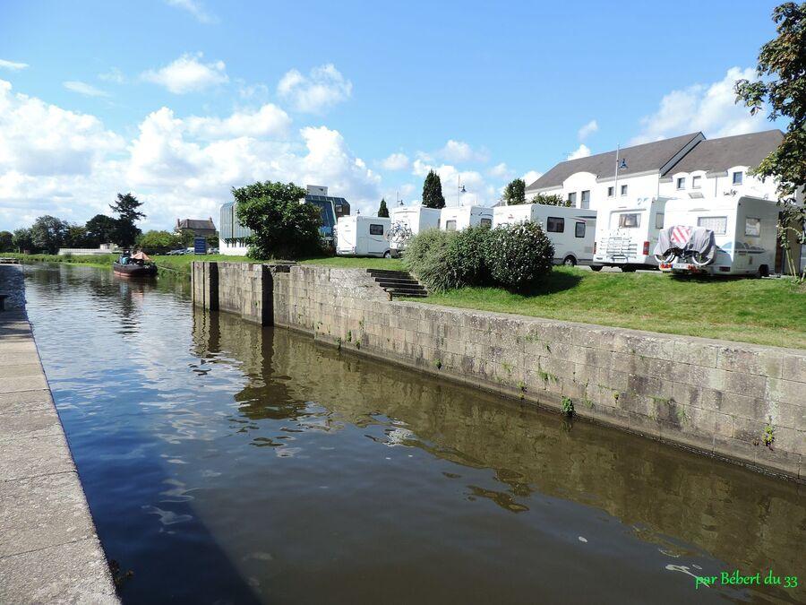 Redon sur les bords du canal (35) -2