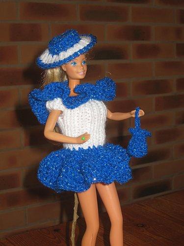 petite-robe-bleue-et-blanche--1--1-.jpg