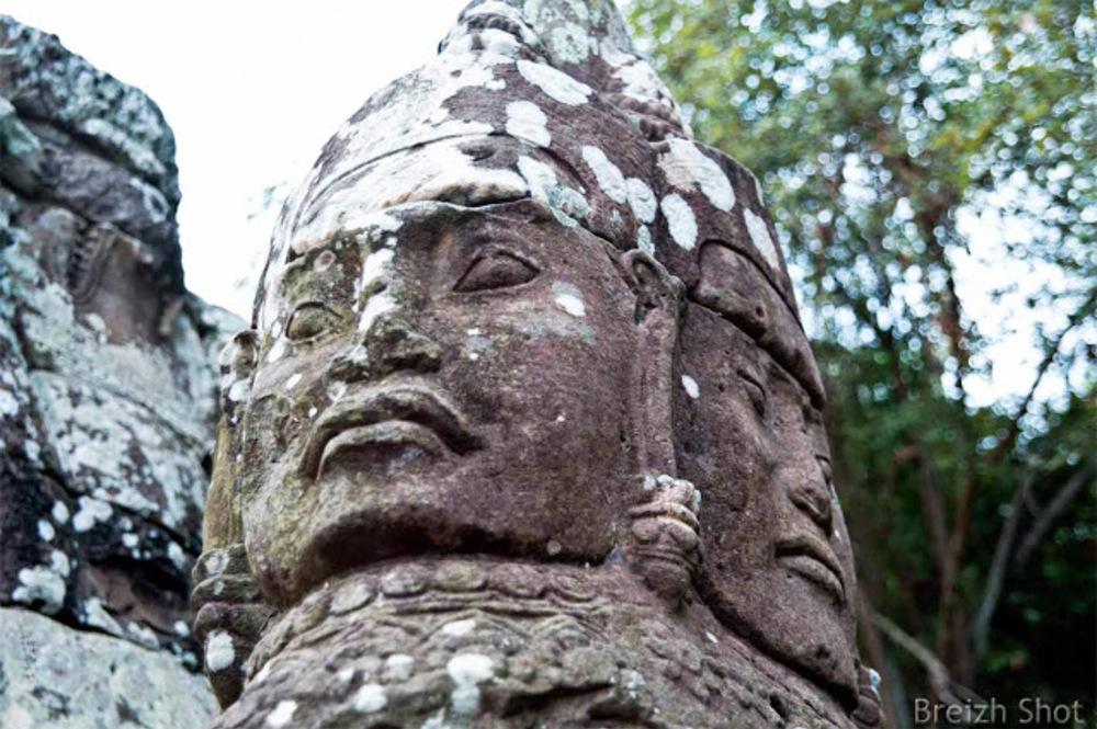 Angkor Thom : Géants à 4 faces couronnant les portes