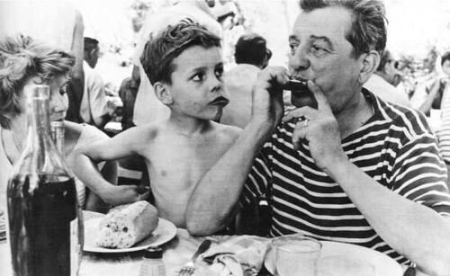 Jacqueline et Marcel Pagnol et leur fils Frédéric...