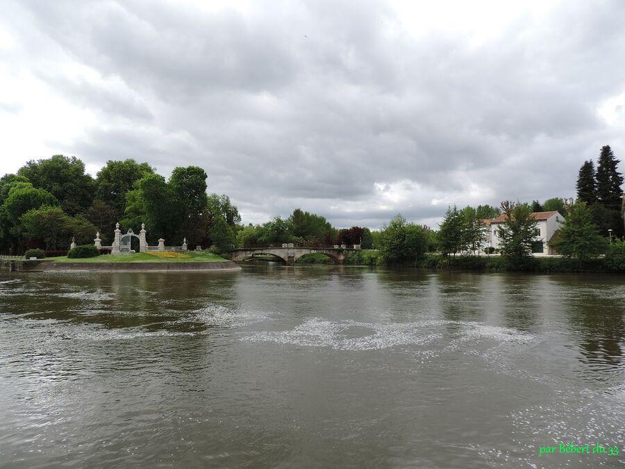 Jarnac en Charente (16)