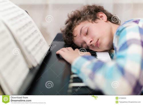 Notre cerveau travaille sur nos tâches répétitives durant notre sommeil.
