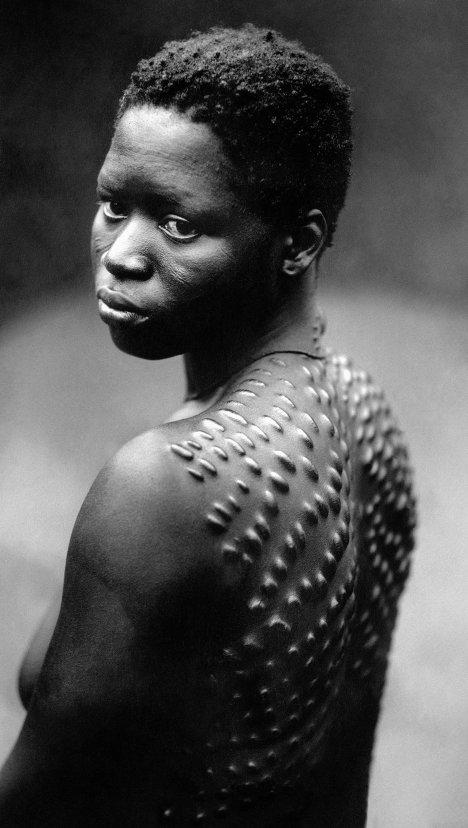 La beauté insolite des tribus d'Afrique