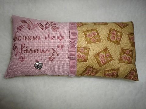 coussinetcoeurdebisouspourvanessa2512101.jpg