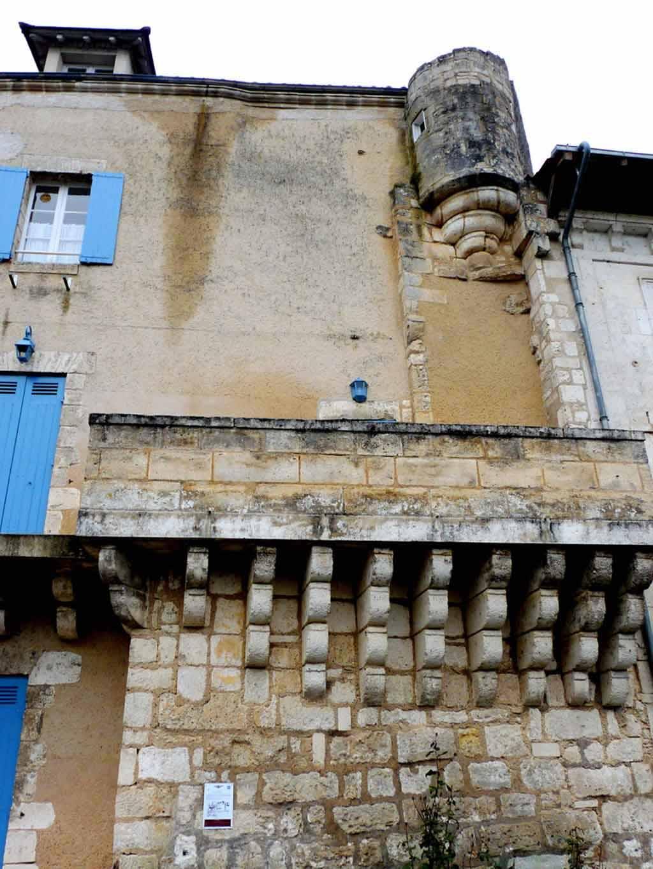 Brantôme - Dordogne (8) - La petite Venise du Périgord - Un des plus beaux villages de France