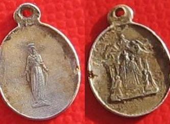 minuscule médaille blog