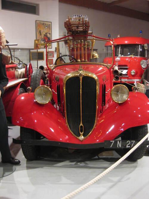 Défi n° 266 : une vieille voiture