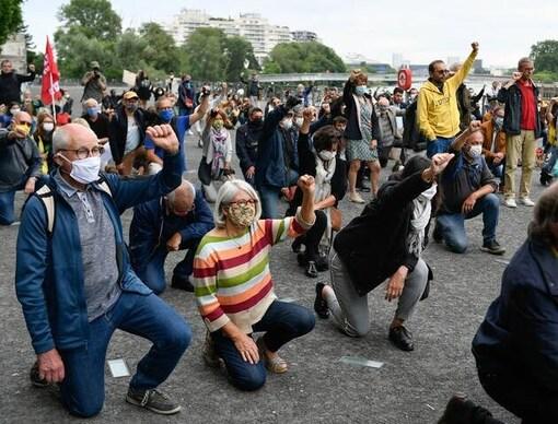 Un rassemblement en hommage à George Floyd à Nantes, le 9 juin 2020. À Quimper, un appel a été lancé pour le 13 juin 2020.