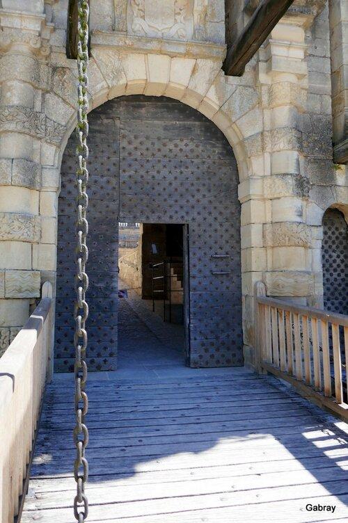Joyaux du Périgord : le château de Hautefort
