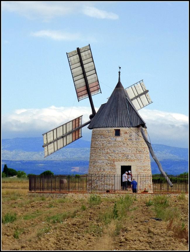 Fête des métiers d'antan au moulin de Claira...( non loin de Perpignan/Rivesaltes )