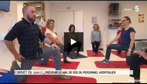 Mathieu le rhumato qui fait faire du gainage