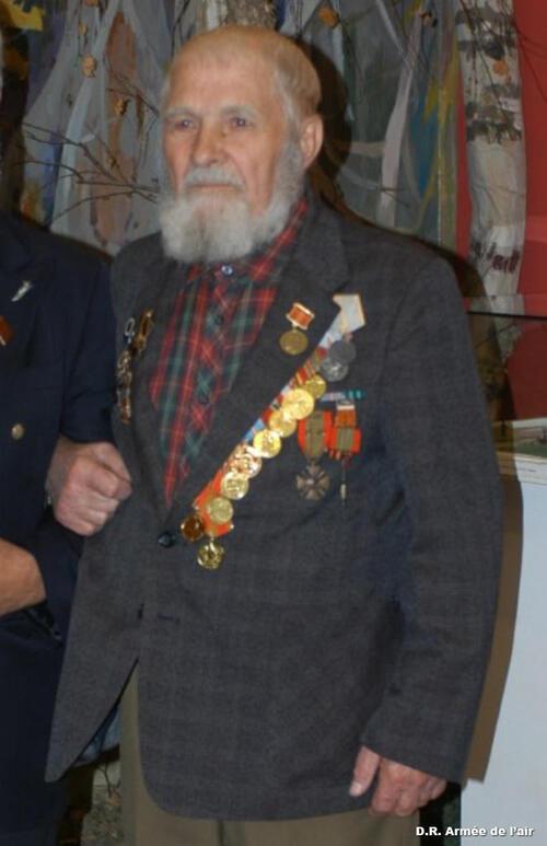 """Décès d'une figure russe du régiment de chasse """"Normandie-Niémen"""""""