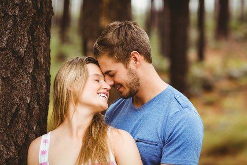 Cara sederhana Romantis saat bersama pacar