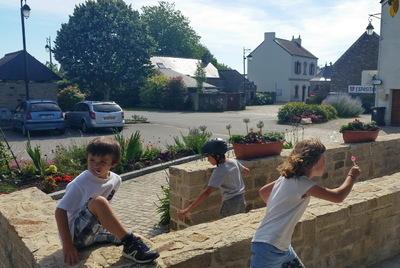 Sociotopes des enfants... et des grands : une nouvelle étude sur un bourg rural