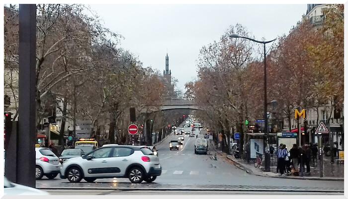 Avenue Daumesnil. Paris 12ème arrondissement. 02