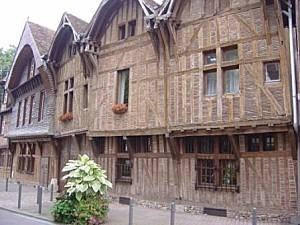 3191810-Half timbered houses-Troyes