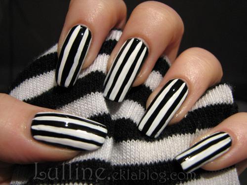 nail art rayé
