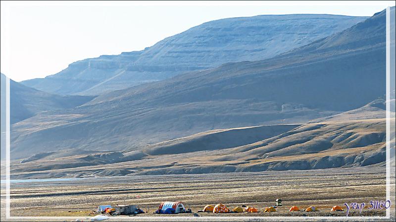 Campement international de scientifiques - Tremblay Sound - Terre de Baffin - Nunavut - Canada