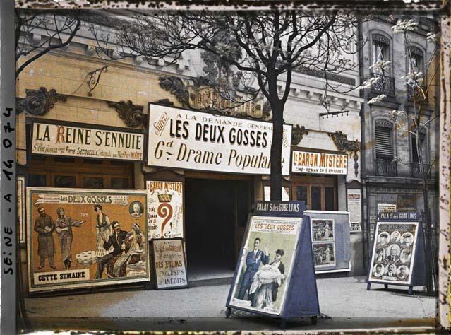 Le Cinéma Pathé-Gobelins ou Palais des Gobelins par Auguste Léon ©Musée Albert-Kahn - Département des Hauts-de-Seine
