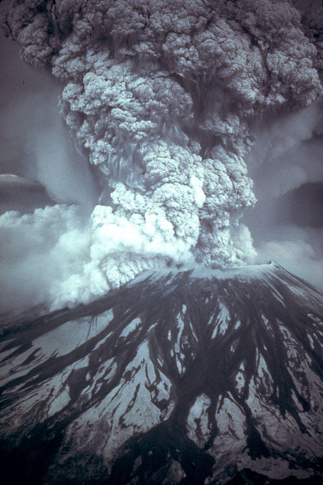 Un volcan explosif : Le Mont Saint-Helens (Etats-Unis)