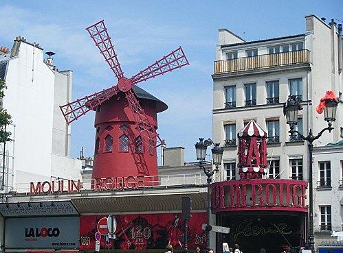 800px-Moulin_rouge_oggi.JPG