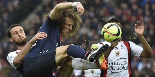 Le défenseur brésilien David Luiz, auteur d'un but face à Nice au parc de Princes le 2 avril.