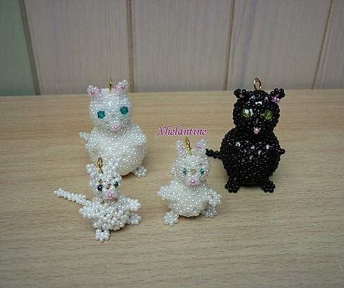 famille chats en perles