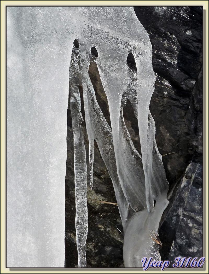 Drapé glacial - La Oursatère - Paloumère - Milhas - 31