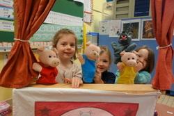 Les contes et les marionnettes chez les MS-GS