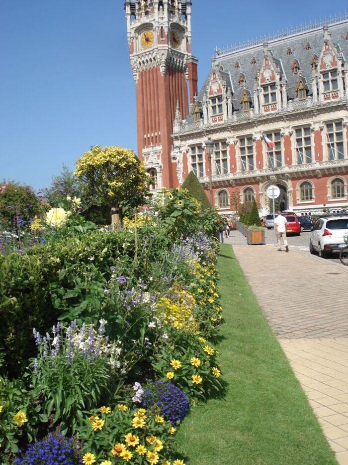 Calais belle ville en fleurs.