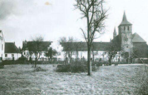 Ansicht der Abtei Hamborn von Westen, um 1905 (www2.duisburg.de, Abtei Hamborn)