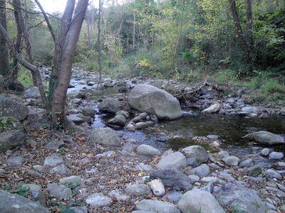 * MAUREILLAS-LAS-ILLAS la cascade et le belvédère