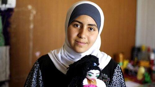 Omaima Hoshan se bat contre les mariages précoces en Syrie