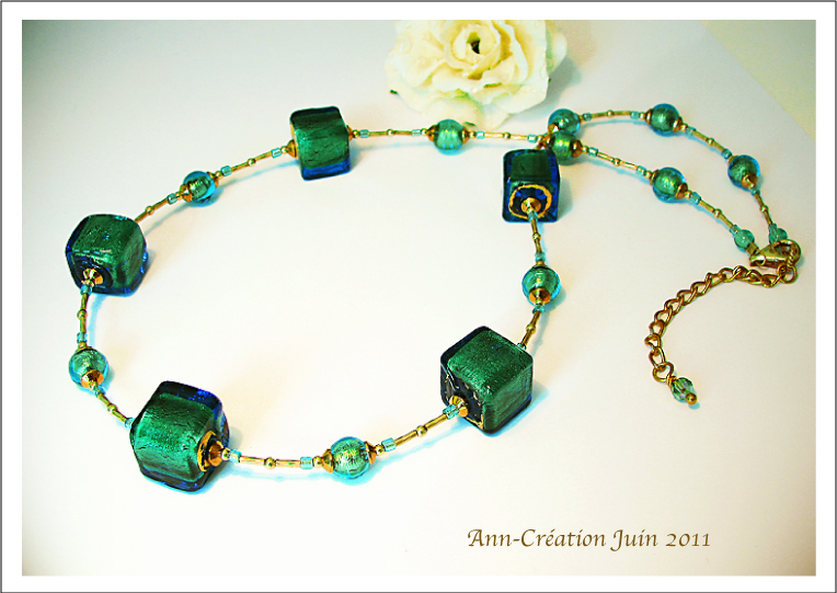 Collier Perles Cubes Verre de Murano Authentique Turquoise Or / Plaqué Or 14kt Gold Filled