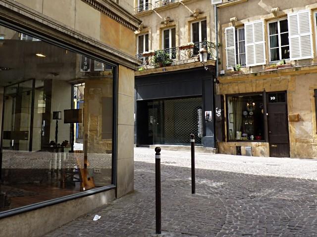 Roche Bobois rue de la Petite Boucherie Metz 10 Marc de Met