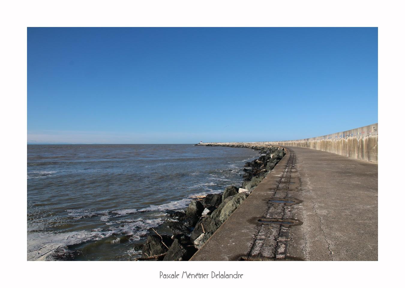 Sur la jetée de Tarnos (Landes - Nouvelle Aquitaine)