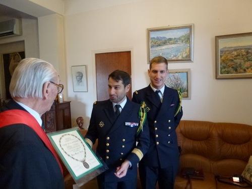 * Toutes nos félicitations au Compagnon Pierre SIMONET, Grand Officier de la Légion d'Honneur