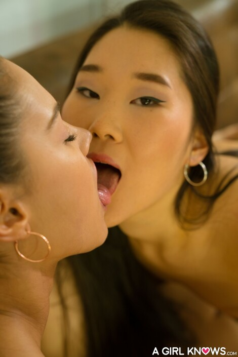 Models Collection : ( [LetsDoeIt - A Girl Knows] - |Gallery 24 March 2017| Sicilia, Apolonia Lapiedra & Katana : Intense lesbian threesome with European )